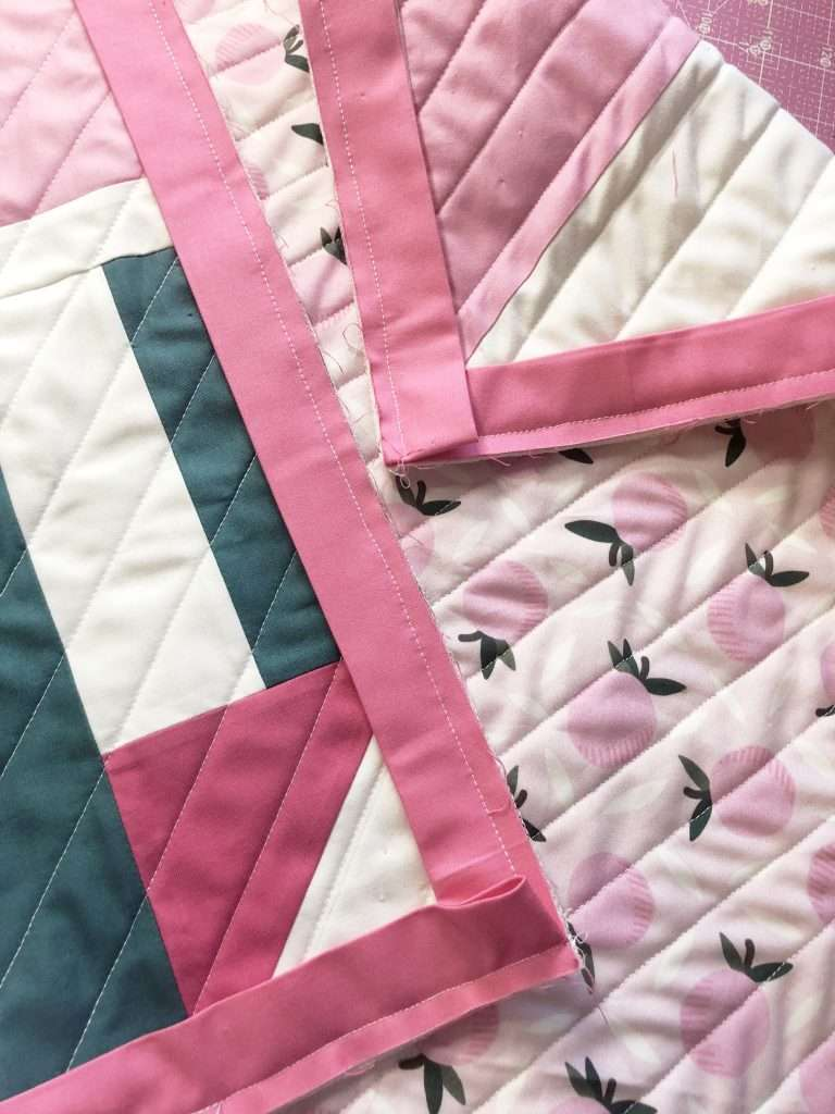 Quilt Binding Sew on First Side, Quilt Binding with your Sewing machine - homemadeemilyjane Learn how to make a Quilt