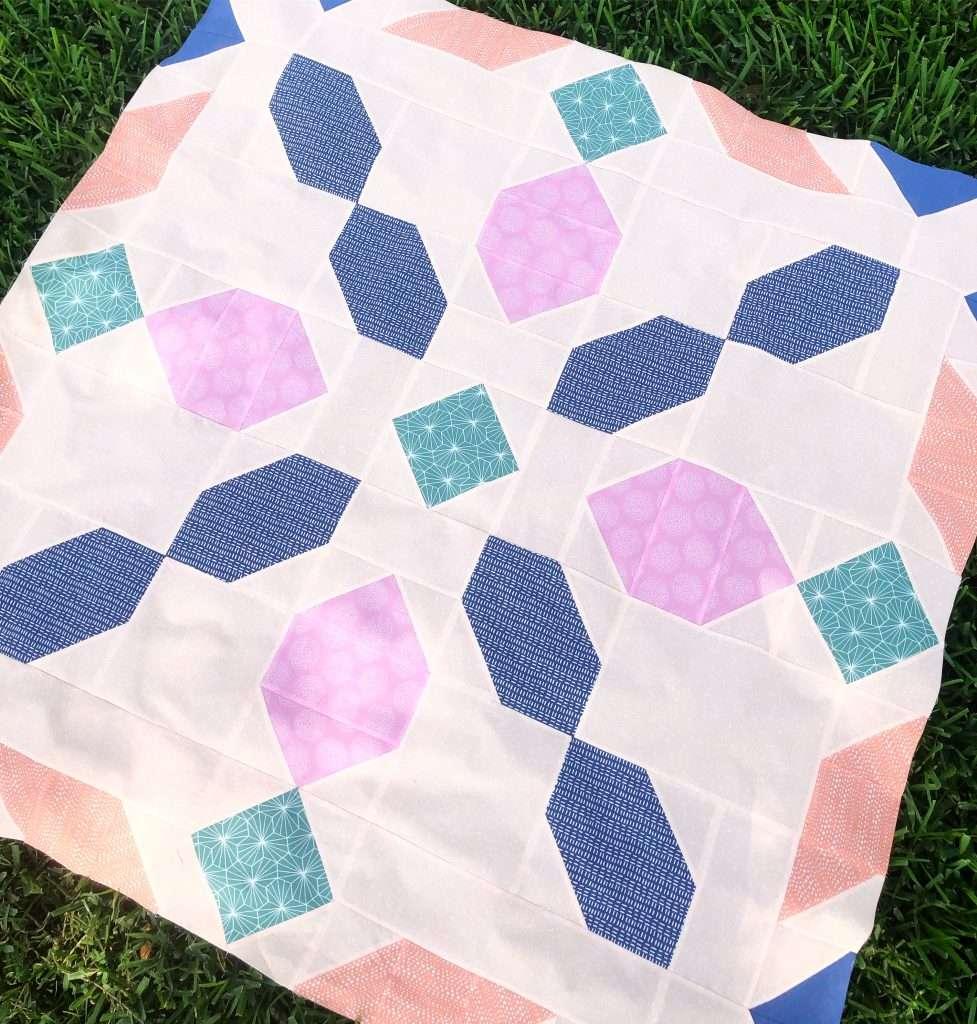Connector Quilt Pattern, 6 color quilt, modern quilt, homemadeemilyjane, hawthorne fabrics