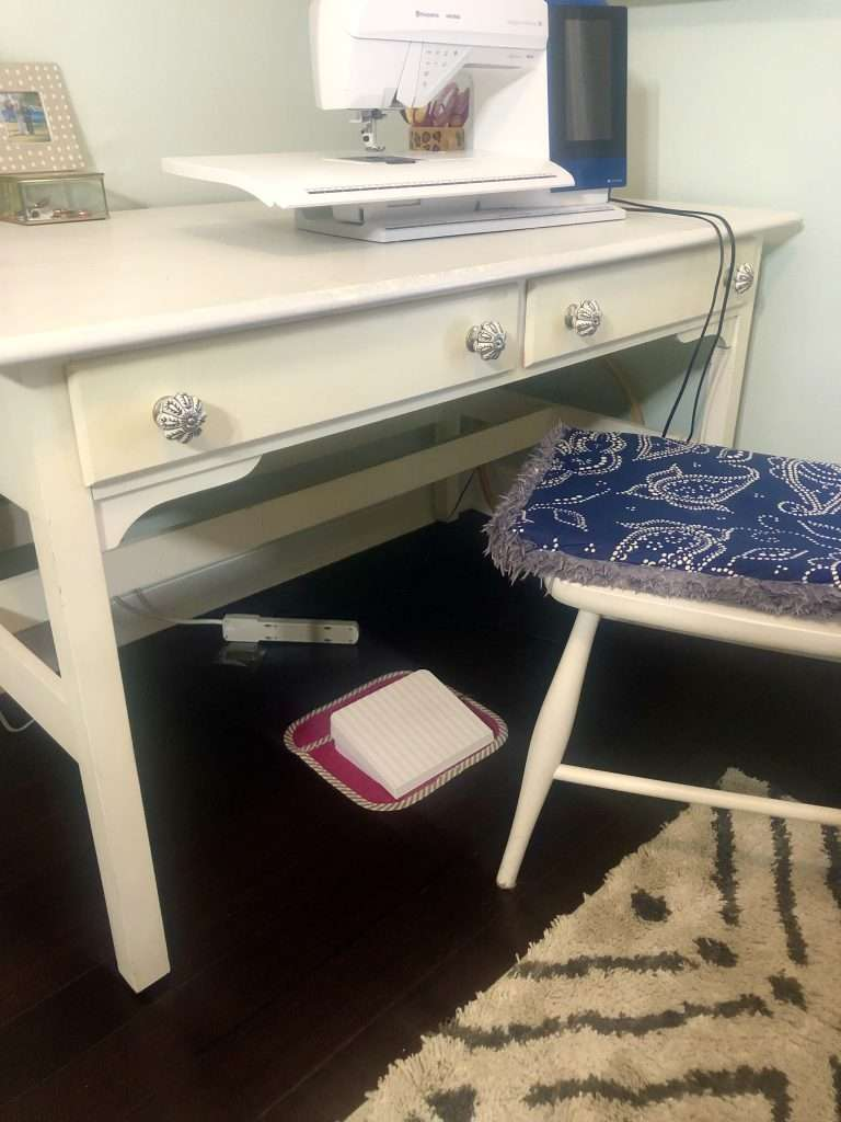sewing desk, sewing room, creative space, quilting room, quilter, home office, creative office, how to organize a sewing room, sewing room organization tips