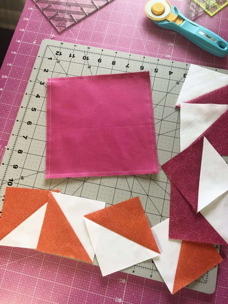 Half Square Triangle Quilt Blocks, learn how to make a quilt block, 4 at a time HSTs, quilt blocks, beginner quilting, learn to quilt, modern quilting, modern quilt pattern, triangular quilt pattern