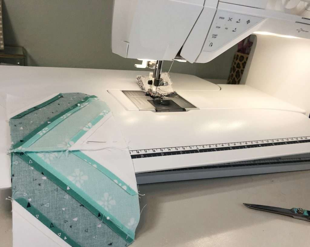 learn how to piece a quilt block, sewing tips and tricks, accuquilt angles set, string quilt block, O quilt block, scrappy quilt block