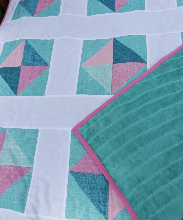 Baby Solitaire Quilt pink and green