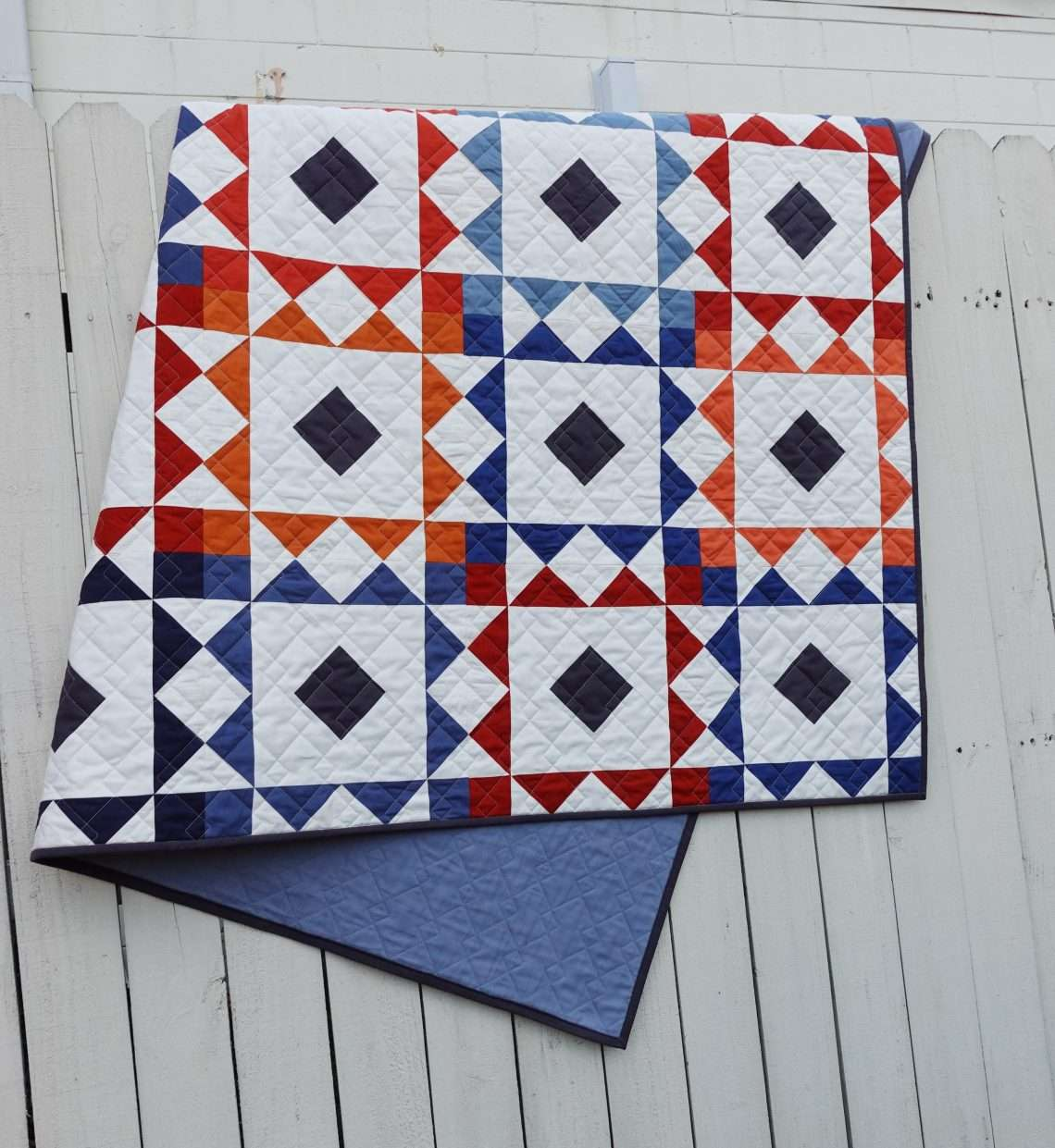 reverberate quilt pattern throw size quilt, modern quilt pattern