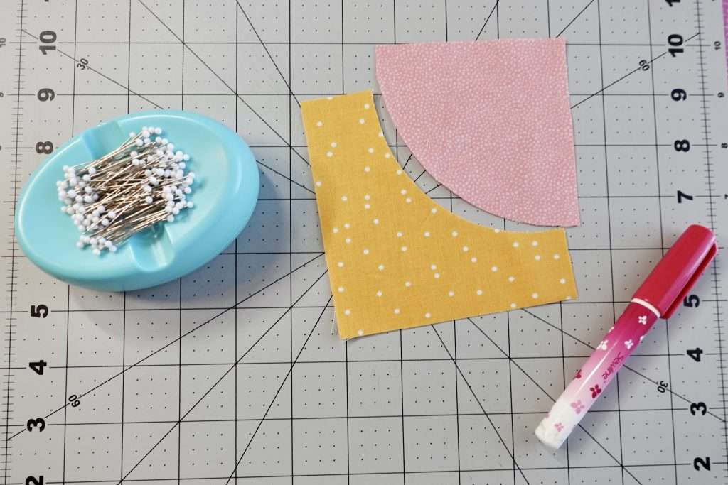how to pin or glue baste curved pieces of fabric together