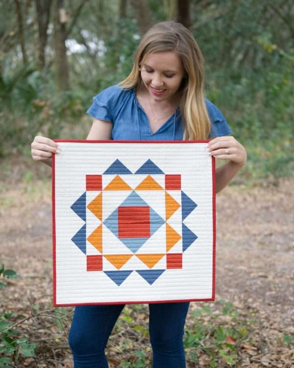 modern quilt wall hanging pattern, paradigm quilt in pillow size by homemade emily jane, modern wall quilt, best modern quilt pattern,