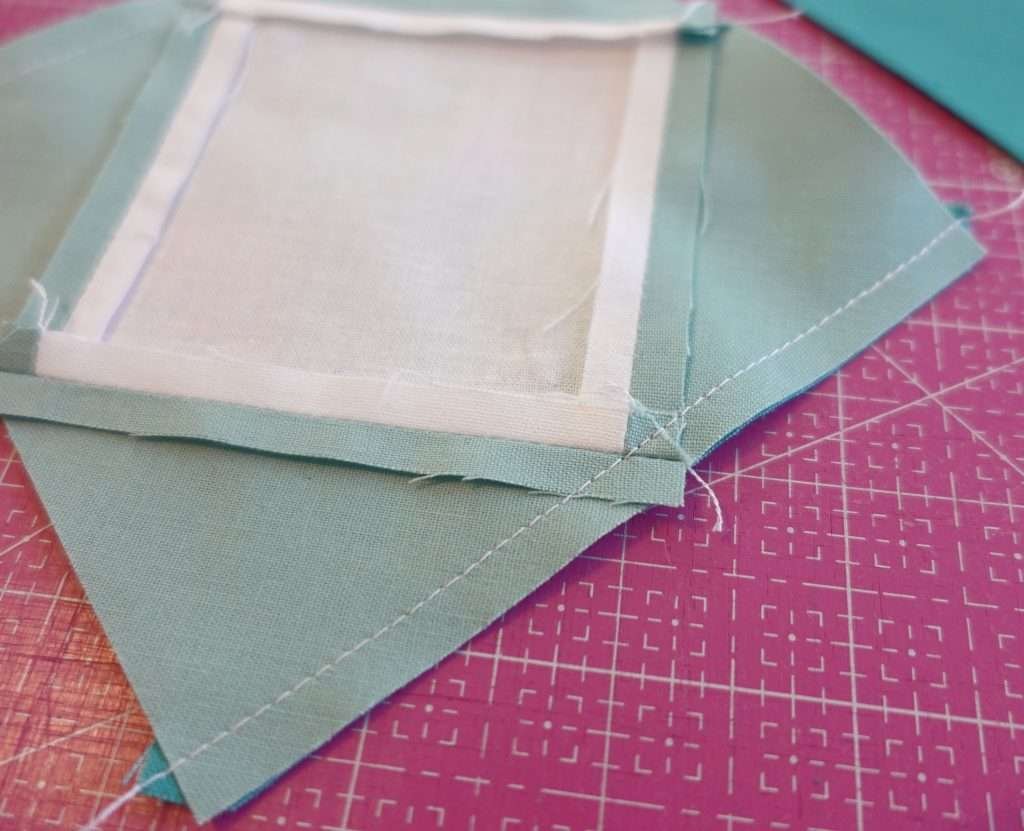 Use AccuQuilt Qube for Economy Quilt Block