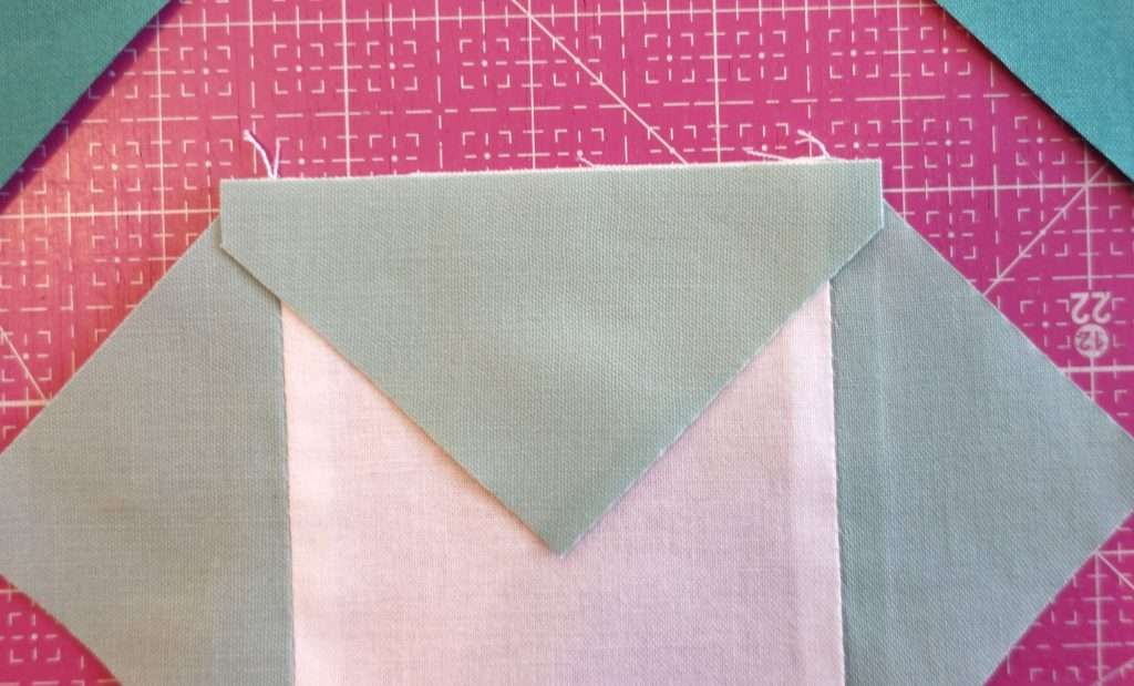 use accuquilt to make an economy quilt block