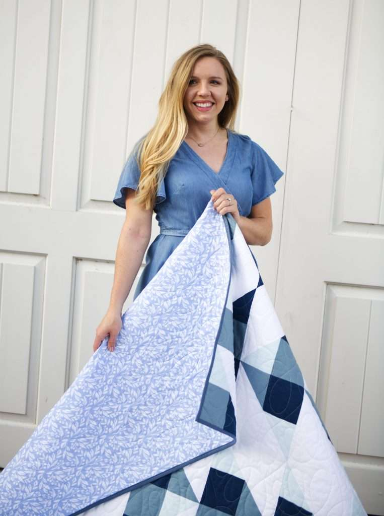Cirrus quilt pattern by Homemade Emily Jane, modern gingham quilt